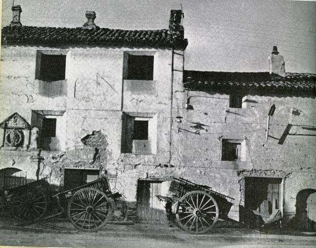 La Almunia-Casas de la carretera
