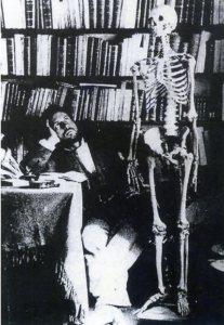 Ramón y Cajal Autorretrato con esqueleto