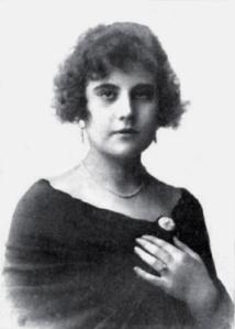 Rosita Díaz Gimeno_Nuevo Mundo 1924. Primeras actuaciones