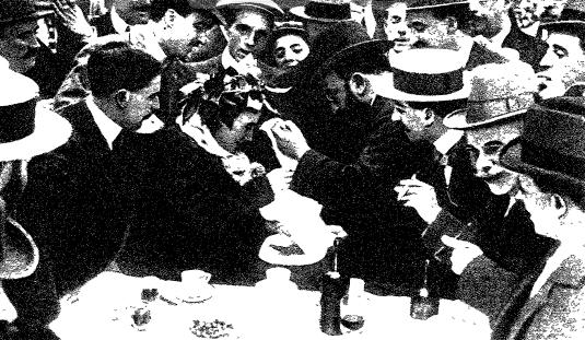 Mme. Pimentón coronada por López Silva