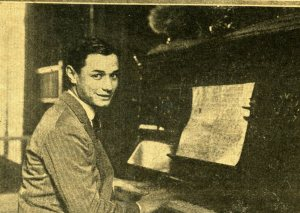 Castillo, Cátulo al piano en 1925